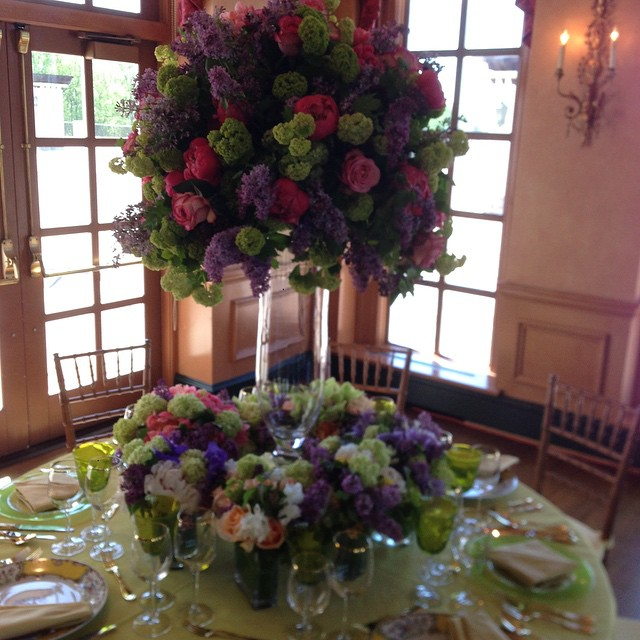 For this Ladies Luncheon we created a beautiful tablescape that was lush, bright, and feminine  at the same time. We also mixed antique China with modern #juxtaposition #eaw #eawdesign #ladieswholunch #flowers #tabletoptuesday #hurrybackspring #antique #china