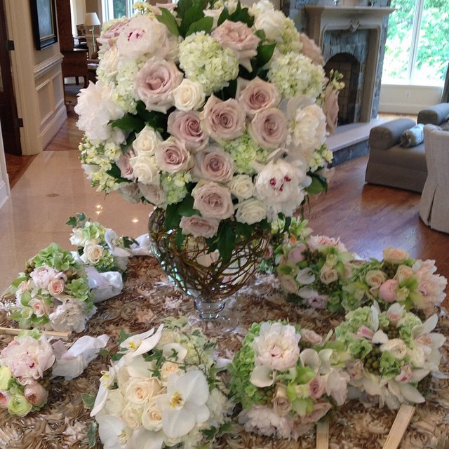 We LOVE Weddings no matter how big or small! This was a beautiful intimate ceremony at home during the day, with a lavish dinner and dancing that followed that evening at a hotel ballroom #weddingwednesday #itsallinthedetails #weddingtrends #weddings #lotsofflowers #softandintimate #romantic #sweet #weddingweekend #eaw